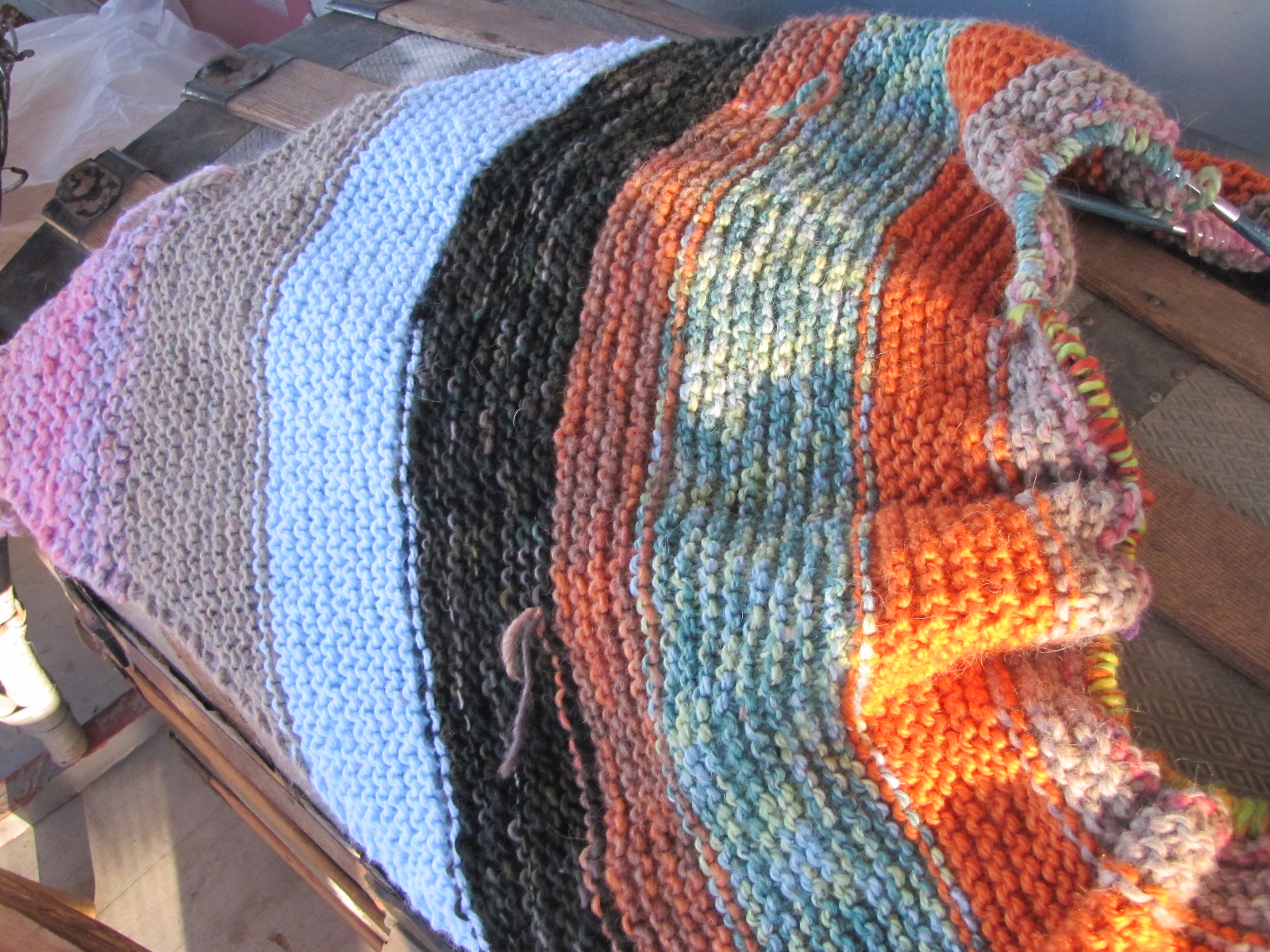 How To Knit Stitches On Scrap Yarn : Monday Project Report   The Beginning Of A Bulky Scrappy Blanket A Polish G...
