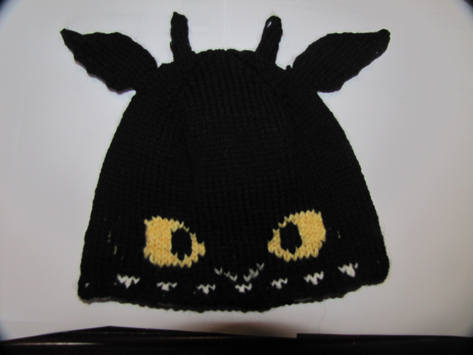 Monday Project Report – Bella Mittens & Toothless Hat | A Polish ...