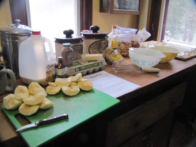 ingredients for the puffed apple pancake